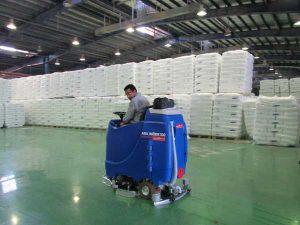 اجاره تجهیزات نظافتی برای انبار
